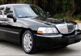Lincoln Town Car | Limousine Rentals Toronto.Ca